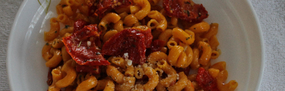 Veggie Pasta with Sun-Dried Tomatoes